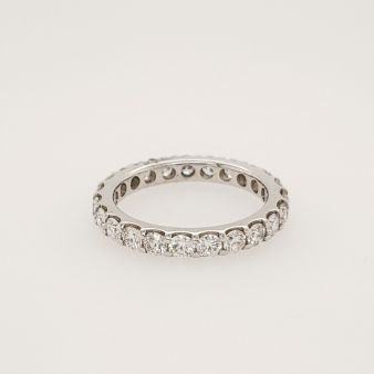 Picture of Shared Claw Eternity Band