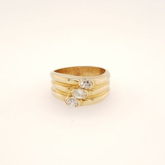 Picture of Semi Bezel Set Ring