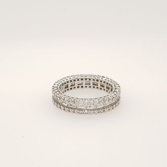 Picture of Shared Claw/Channel Eternity Band