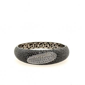 Picture of Wide Black Bangle w/ Oval Center